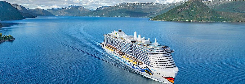 Suiten Special Winter 2021/22: AIDAcosma - Von den Kanaren ins Mittelmeer inkl. Flug